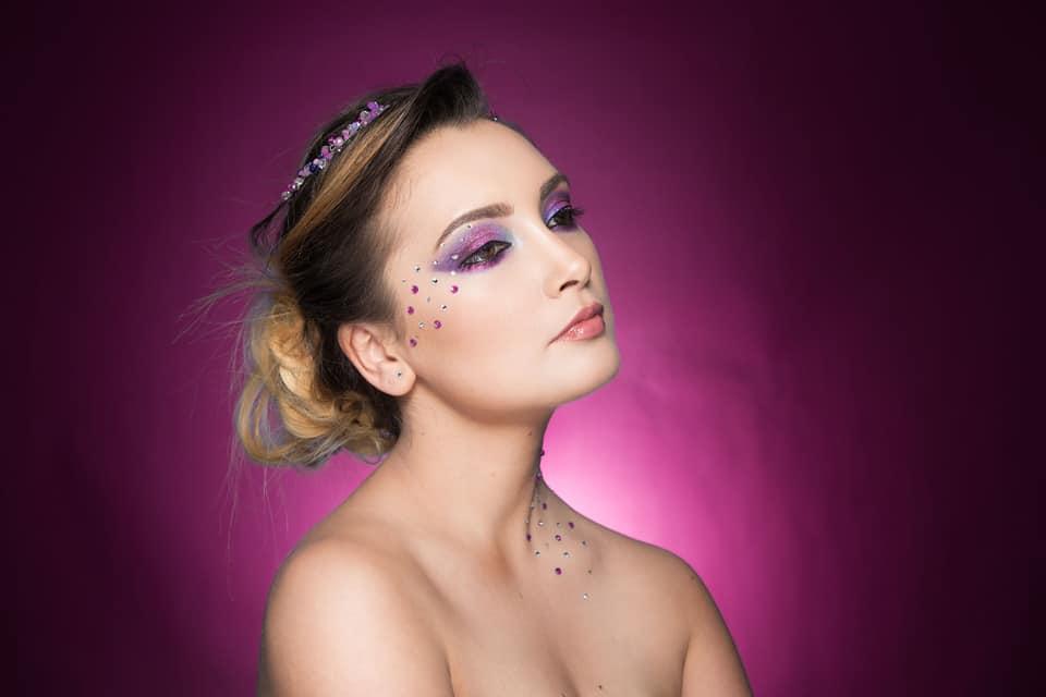 machiaj creativ roz diana raicu makeup artist